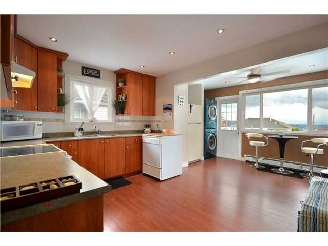 Photo 4: Photos: 338 E6th Ave in New Westminster: The Heights NW House for sale : MLS®# V1050346