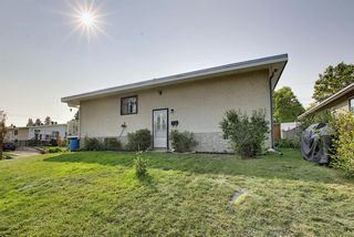 Photo 37: 7011 HUNTERVILLE Road NW in Calgary: Huntington Hills Semi Detached for sale : MLS®# A1035276