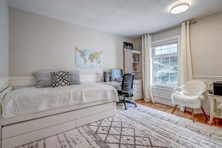 Photo 22: 171 SIERRA MORENA Terrace SW in Calgary: Signal Hill Duplex for sale : MLS®# A1016074