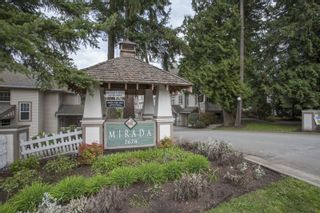 """Photo 2: 41 2678 KING GEORGE Boulevard in Surrey: King George Corridor Townhouse for sale in """"Mirada"""" (South Surrey White Rock)  : MLS®# R2203889"""