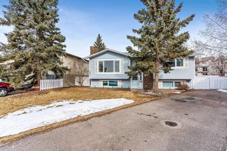 Photo 2: 719 RANCHVIEW Circle NW in Calgary: Ranchlands Detached for sale : MLS®# C4289944