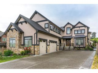 Photo 1: 2273 CHARDONNAY Lane in Abbotsford: Aberdeen House for sale : MLS®# R2094873