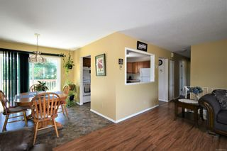 Photo 4: 2035 Bolt Ave in : CV Comox (Town of) House for sale (Comox Valley)  : MLS®# 881583
