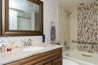"""Photo 9: 812 15111 RUSSELL Avenue: White Rock Condo for sale in """"PACIFIC TERRACE"""" (South Surrey White Rock)  : MLS®# R2118145"""
