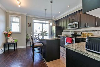 Photo 3: 63 6383 140 STREET in Surrey: Sullivan Station Townhouse for sale : MLS®# R2495698