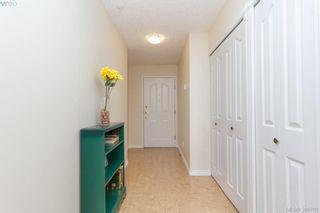 Photo 4: 402 1715 Richmond Rd in VICTORIA: Vi Jubilee Condo for sale (Victoria)  : MLS®# 785313