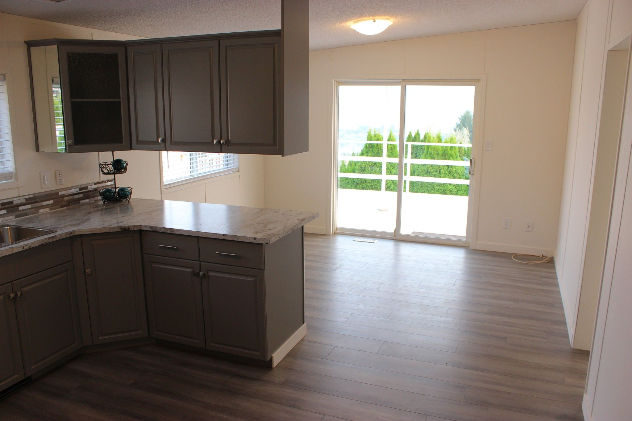 Photo 7: Photos: 22 3099 E Shuswap Road in Kamloops: South Thompson Valley Manufactured Home for sale : MLS®# 147827
