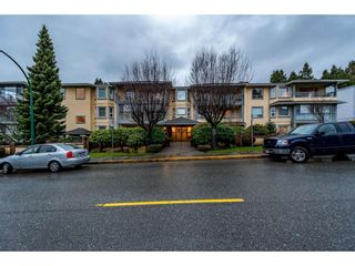 Photo 2: 301 1459 BLACKWOOD Street: White Rock Condo for sale (South Surrey White Rock)  : MLS®# R2429826