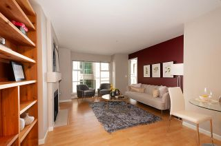 Photo 4: 205 1333 W 7TH AVENUE in Vancouver: Fairview VW Condo for sale (Vancouver West)  : MLS®# R2398312