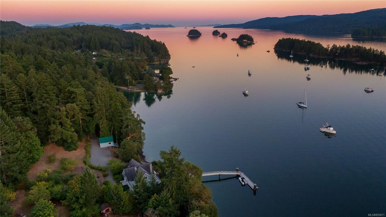 Main Photo:  in : GI Salt Spring House for sale (Gulf Islands)  : MLS®# 855671