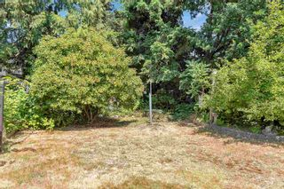 """Photo 4: 13987 GROSVENOR Road in Surrey: Bolivar Heights House for sale in """"bolivar hieghts"""" (North Surrey)  : MLS®# R2596710"""