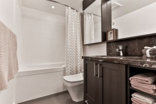 """Photo 8: 1904 5665 BOUNDARY Road in Vancouver: Collingwood VE Condo for sale in """"Wall Centre Central Park"""" (Vancouver East)  : MLS®# R2522154"""