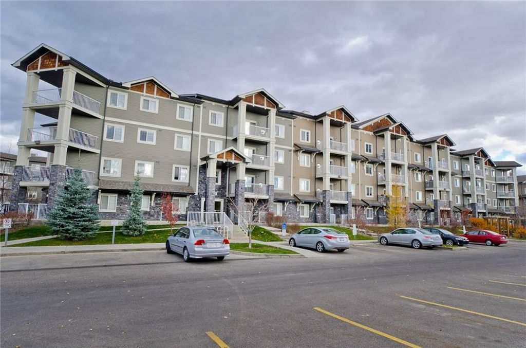 Main Photo: 4403 115 PRESTWICK Villa(s) SE in Calgary: McKenzie Towne Condo for sale : MLS®# C4143656