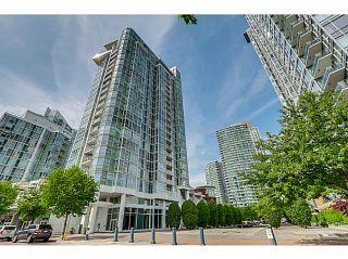"Photo 12: 2302 1077 MARINASIDE Crescent in Vancouver: Yaletown Condo for sale in ""MARINASIDE RESORT"" (Vancouver West)  : MLS®# V1066031"