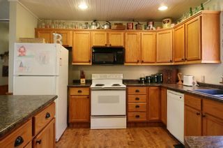Photo 9: 321 Buffalo Drive in Buffalo Point: R17 Residential for sale : MLS®# 202118014