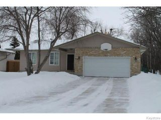 Photo 1: 63 Addington Bay in WINNIPEG: Charleswood Residential for sale (South Winnipeg)  : MLS®# 1603948