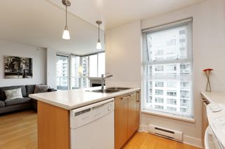 "Photo 12: 804 121 W 16TH Street in North Vancouver: Central Lonsdale Condo for sale in ""SILVA"" : MLS®# R2269546"