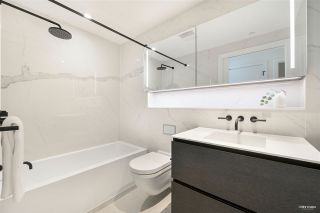 """Photo 22: 2001 620 CARDERO Street in Vancouver: Coal Harbour Condo for sale in """"Cardero"""" (Vancouver West)  : MLS®# R2563409"""