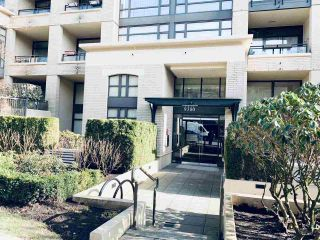 Main Photo: 301 9380 UNIVERSITY Crescent in Burnaby: Simon Fraser Univer. Condo for sale (Burnaby North)  : MLS®# R2550659