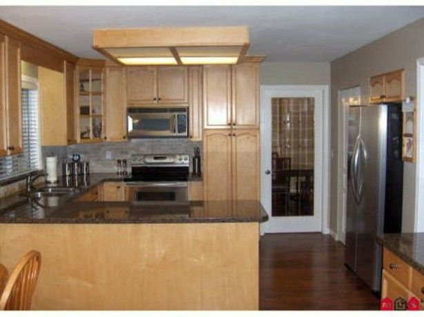 """Photo 2: Photos: 20446 98TH Avenue in Langley: Walnut Grove House for sale in """"DERBY HILL"""" : MLS®# F1314610"""