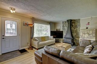 Photo 4: 928 ARCHWOOD Road SE in Calgary: Acadia Detached for sale : MLS®# C4258143