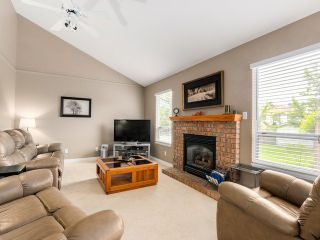 Photo 9: 4431 218A Street in Langley: Murrayville House for sale : MLS®# F1414078