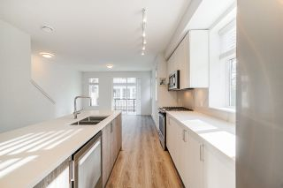 """Photo 13: 24 9688 162A Street in Surrey: Fleetwood Tynehead Townhouse for sale in """"CANOPY LIVING"""" : MLS®# R2513628"""