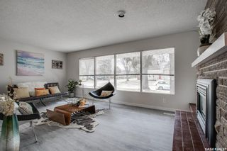 Photo 3: 53 Potter Crescent in Saskatoon: Brevoort Park Residential for sale : MLS®# SK852550