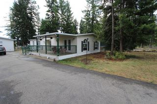 Photo 1: 1254 Scotch Creek Wharf Road in Scotch Creek: North Shuswap House for sale (Shuswap)  : MLS®# 10104872
