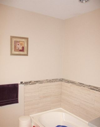 """Photo 16: 16 6929 142 Street in Surrey: East Newton Townhouse for sale in """"Redwood"""" : MLS®# R2139277"""