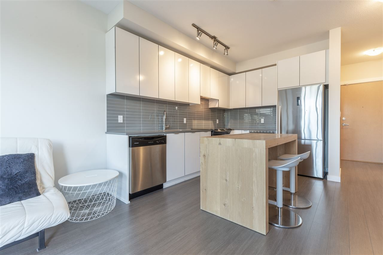"""Photo 3: Photos: 111 9168 SLOPES Mews in Burnaby: Simon Fraser Univer. Condo for sale in """"VERITAS"""" (Burnaby North)  : MLS®# R2451110"""