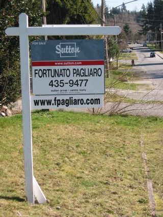 Photo 2: 1321 Sixth Avenue in New Westminster: West End NW Multifamily for sale