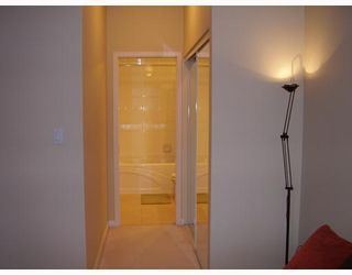 "Photo 6: 805 6837 STATION HILL Drive in Burnaby: South Slope Condo for sale in ""THE CLARIDGES"" (Burnaby South)  : MLS®# V744904"