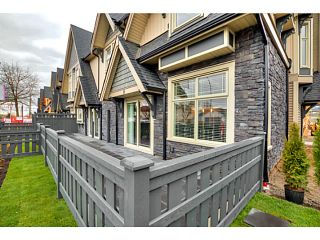 """Photo 2: 25 19095 MITCHELL Road in Pitt Meadows: Central Meadows Townhouse for sale in """"BROGDEN BROWN"""" : MLS®# V1122105"""