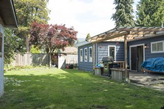 """Photo 14: 1315 FERNWOOD Crescent in North Vancouver: Norgate House for sale in """"Norgate"""" : MLS®# R2066595"""