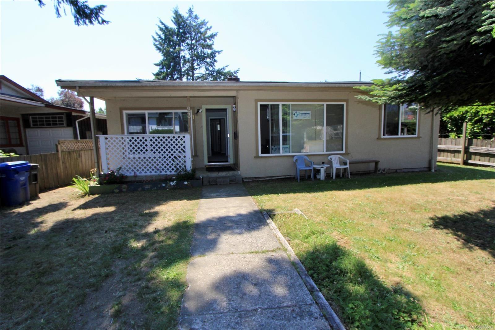 Main Photo: 23 Albion St in Nanaimo: Na South Nanaimo Full Duplex for sale : MLS®# 880003