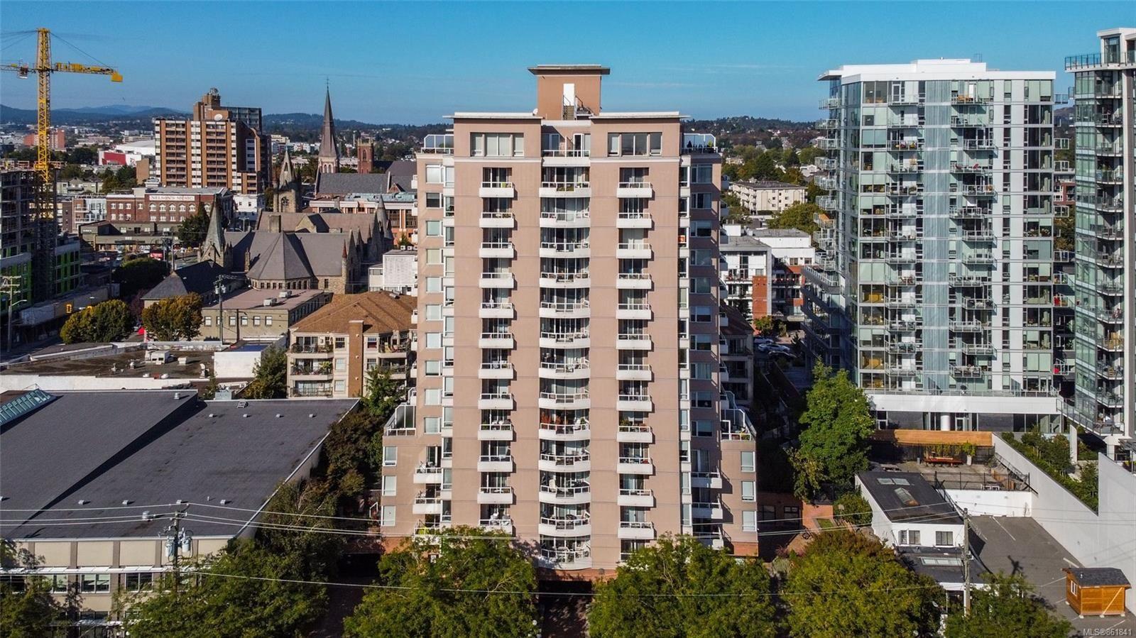Main Photo: 703 930 Yates St in : Vi Downtown Condo for sale (Victoria)  : MLS®# 861841