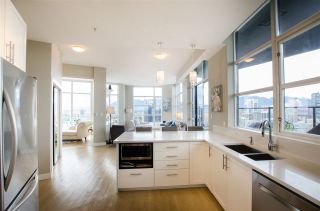 """Photo 12: 3201 1199 SEYMOUR Street in Vancouver: Downtown VW Condo for sale in """"BRAVA"""" (Vancouver West)  : MLS®# R2462993"""
