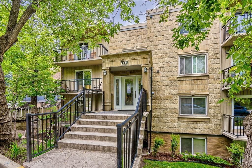 Main Photo: 302 920 ROYAL Avenue SW in Calgary: Lower Mount Royal Apartment for sale : MLS®# A1134318