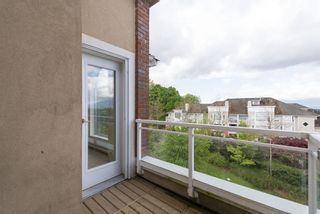Photo 4: 503 5262 Oakmount Crescent in St. Andrews: Home for sale : MLS®# V1110832