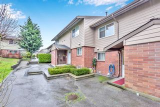 """Photo 32: 110 10748 GUILDFORD Drive in Surrey: Guildford Townhouse for sale in """"Guildford Close"""" (North Surrey)  : MLS®# R2526567"""