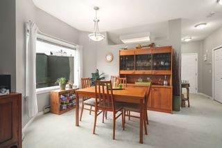 "Photo 4: 506 2800 CHESTERFIELD Avenue in North Vancouver: Upper Lonsdale Condo for sale in ""Somerset Garden"" : MLS®# R2472780"