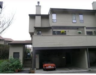 """Photo 1: 7404 MEADOWLAND Place in Vancouver: Champlain Heights Townhouse for sale in """"PARK LANE"""" (Vancouver East)  : MLS®# V693606"""