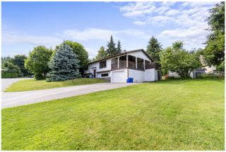 Photo 2: 2140 Northeast 23 Avenue in Salmon Arm: Upper Applewood House for sale : MLS®# 10210719