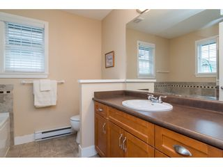 """Photo 25: 19074 69A Avenue in Surrey: Clayton House for sale in """"CLAYTON"""" (Cloverdale)  : MLS®# R2187563"""