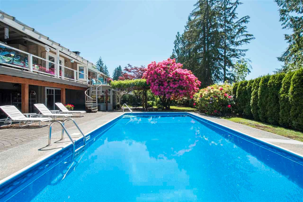 Main Photo: 4787 CEDARCREST Avenue in North Vancouver: Canyon Heights NV House for sale : MLS®# R2562639