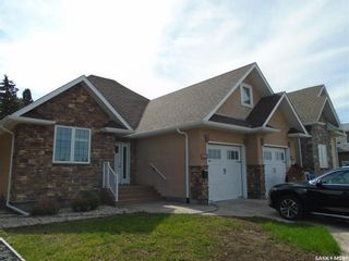 Main Photo: 3701 Parliament Avenue in Regina: Parliament Place Residential for sale : MLS®# SK870020
