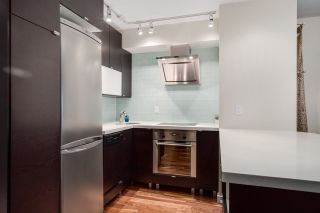 """Photo 11: 206 1545 E 2ND Avenue in Vancouver: Grandview VE Condo for sale in """"TALISHAN WOODS"""" (Vancouver East)  : MLS®# R2231969"""