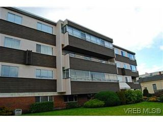 Photo 1: 303 545 Rithet St in VICTORIA: Vi James Bay Condo for sale (Victoria)  : MLS®# 595217