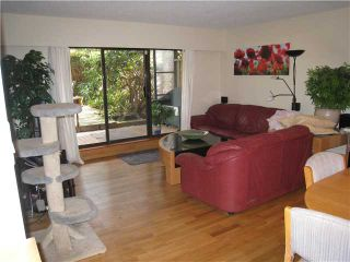 """Photo 9: 110 1424 WALNUT Street in Vancouver: Kitsilano Condo for sale in """"WALNUT PLACE"""" (Vancouver West)  : MLS®# V866925"""